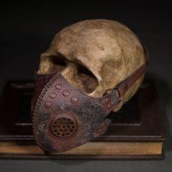 Post apocalyptic rusted gas mask, respirator, gas mask,