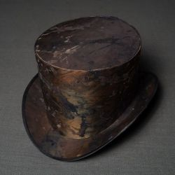 Post apocalyptic clothing, hat, top hat, steampunk top hat, post apocalyptic items hat