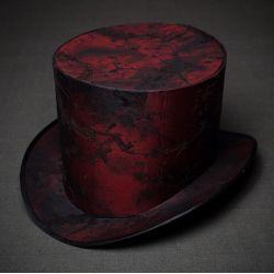 Шляпа цилиндр в стиле стимпанк красный. Шляпа цилиндр, цена, фото, заказ, покупка.