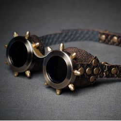Очки в стиле стимпанк с черными стеклами и латунными колпачковыми гайками серия Старая Бронза
