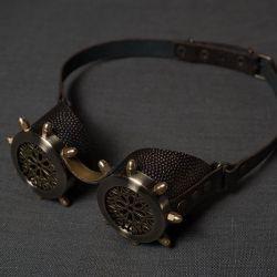 Очки в стиле стимпанк с ажурной решеткой и латунными колпачковыми гайками серия Старая Бронза