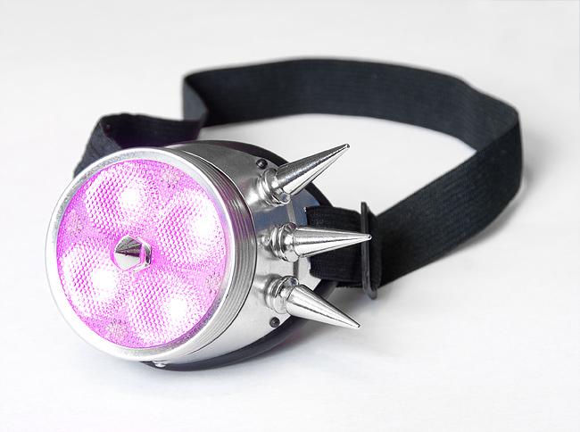 Рейв (рэйв) монокль. Моногоггл с рассеивателем, шипами и розовыми светодиодами.