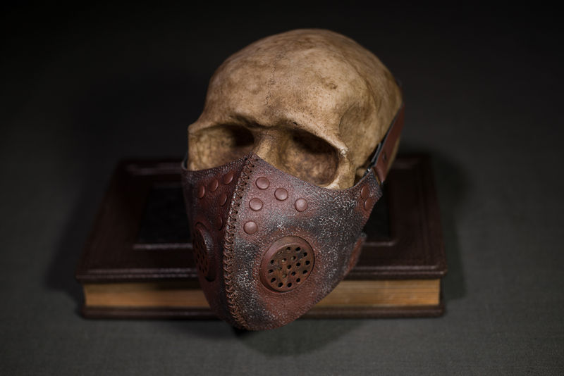 Post apocalyptic gas mask, respirator rusted